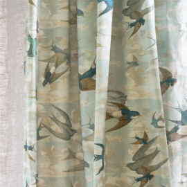 Tissu Chimney Swallows Sky Blue de John Derian